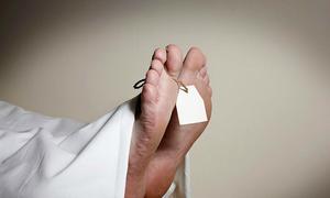 Bệnh nhân 92 tuổi bật dậy la hét sau nhiều giờ được xác định đã chết