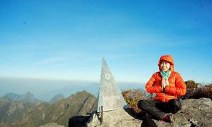 Nữ MC chinh phục đỉnh Phan Xi Păng nhờ luyện yoga