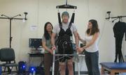 Bệnh nhân bị liệt có thể đi lại nhờ công nghệ mới