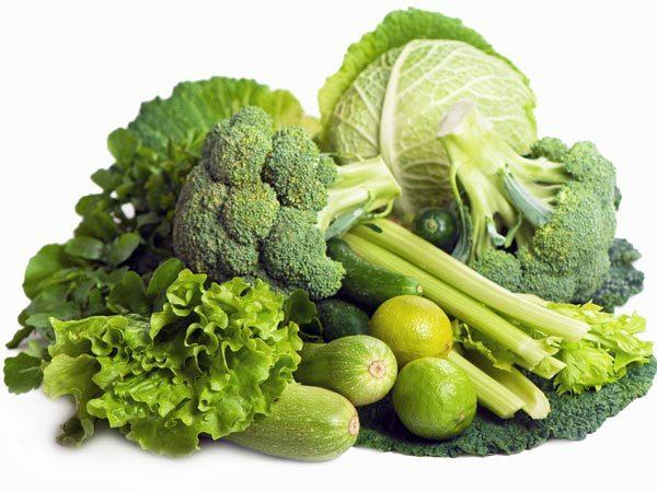 <p> Nếu không thể giảm khẩu phần ăn, bạn nên chọn các loại thực phẩm giàu chất xơ, ít calo như trái cây và rau quả.</p>
