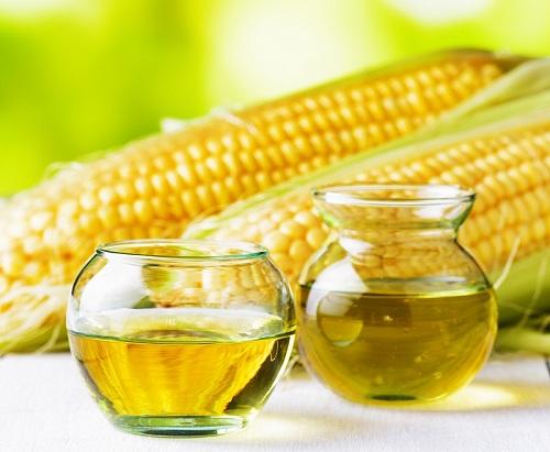 Plant sterols có nhiều trong các loại dầu thực vật như dầu bắp, dầu cải...