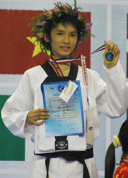 Cô gái vàng Hoàng Hà Giang gây tiếng vang với HC bạc ASIAD 2006 khi mới 15 tuổi và hai lần đoạt HC vàng giải trẻ thế giới. Ảnh: Huy Tường.