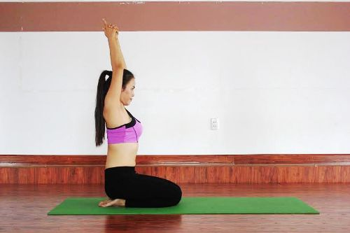 6-bai-yoga-giu-am-co-the-khi-troi-lanh-gia-3