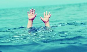 Làm gì khi có người bị đuối nước