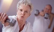Tại sao phụ nữ sống lâu hơn nam giới