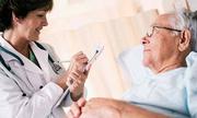 Hỗ trợ phục hồi chức năng sau tai biến từ thảo dược