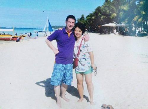 Ông Mark và vợ. Ảnh: Telegraph.