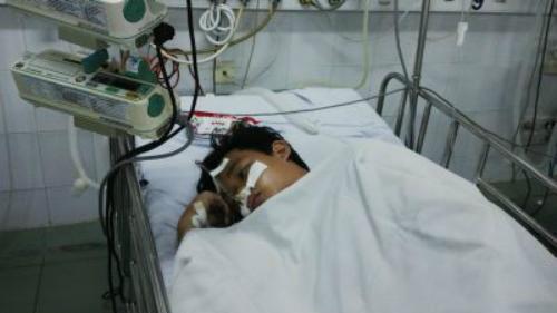 Bệnh nhi được điều trị tích cực tại bệnh viện. Ảnh: Bệnh viện cung cấp.
