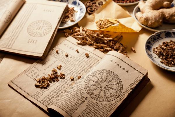 Công dụng bổ phổi ích thận của đông trùng hạ thảo được ghi nhận trong sách cổ.