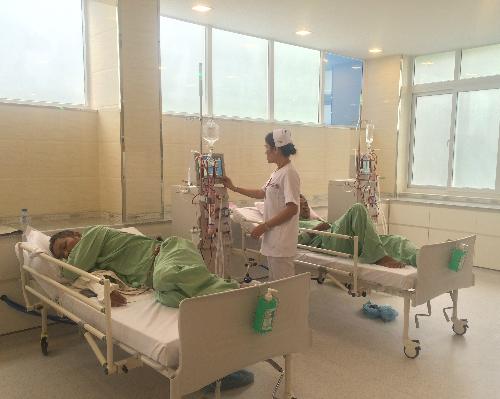 Các bệnh viện công lập bắt đầu đầu tư những đơn vị, khoa phòng khang trang để đáp ứng yêu cầu của người bệnh. Ảnh minh họa: Lê Phương.