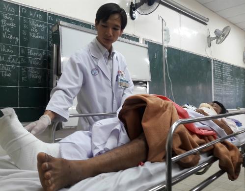 Các nạn nhân đang được điều trị tại Bệnh viện Chợ Rẫy. Ảnh: L.P