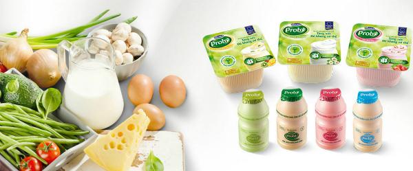 Mỗi ngày ăn1-2 hũsữa chua uống Vinamilk Probi bổ sung hơn 13 tỷ lợi khuẩn Probiotics Chr. Hansen L.Casei 431từ Đan Mạch, giúp tăng cường sức đề kháng, hỗ trợ tiêu hóa.