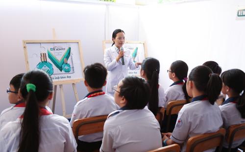 chuong-trinh-kham-mat-cho-40000-hoc-sinh-cap-3-2