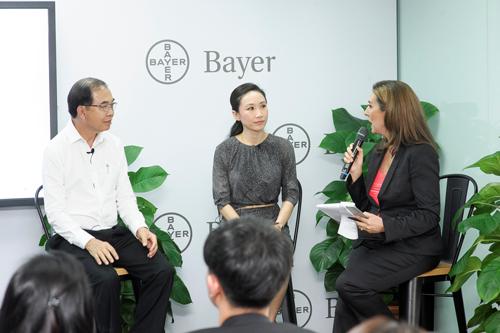 Hành trình chiến thắng bệnh tật nhờ sự hỗ trợ của các thuốc tiên tiến: chia sẻ của bác sĩ và bệnh nhân bệnh viện Mount Elizabeth Novena, Singapore