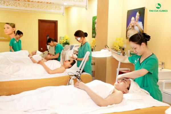 uu-dai-lon-nhan-dip-khai-truong-thu-cuc-clinic-ninh-binh-4