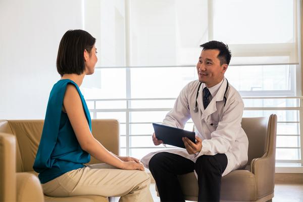 Bạn nên đề nghị bác sĩ giải thích những xét nghiệm, chiếu chụp để làm gì.