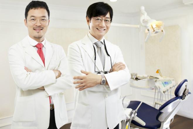 Đội ngũ bác sĩ người Hàn Quốc nhiều năm kinh nghiệm làm đẹp cho các ngôi sao nổi tiếng.