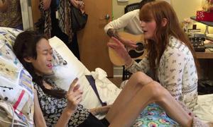 Cô gái ung thư song ca cùng ca sĩ thần tượng trước khi qua đời