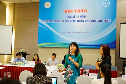 Bà Lynette Moey-Trưởng đại diện văn phòng Bayer SEA ở TP HCMphát biểu tại hội thảo.