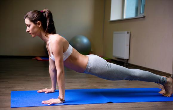 Tập luyện giúp thúc đẩy tuần hoàn máu, tăng cường miễn dịch.
