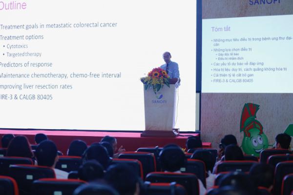 Hội thảo trao đổi các kinh nghiệm về điều trị Ung thư vú và Ung thư đại trực tràng.