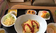 Đồ ăn trong bệnh viện Nhật Bản đẹp sang như ở khách sạn