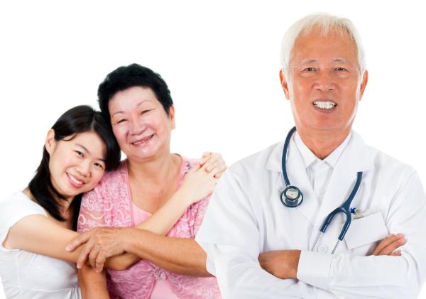 Song song với việc tiêm ngừa, cần tầm soát ung thư định kỳ để phòng bệnh triệt để, đặc biệt với phụ nữ trung niên.