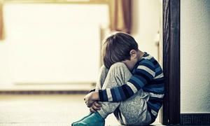 Cảm xúc tiêu cực ảnh hưởng đến phát triển trí não thế nào