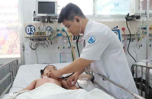 Bệnh nhi được điều trị tại Bệnh viện Nhi đồng 1.
