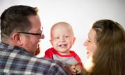 Cậu bé 2 tuổi chiến thắng 'ngoạn mục' ung thư giai đoạn cuối