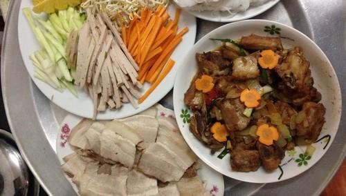 Khẩu phần rau, trái cây trong bữa ăn của người Việt chưa đảm bảo theo mức khuyến nghị. Ảnh minh hoạ: P.T.