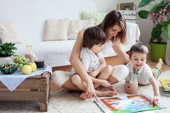 Trẻ hỏi nhiều là dấu hiệu phát triển trí não