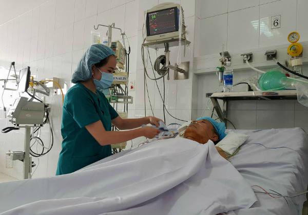Bác sĩ xử trí thần tốc đưa người đàn ông từ cõi chết trở về