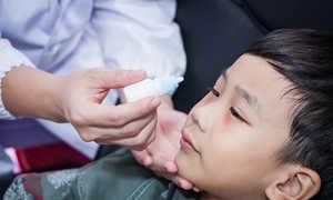 Cảnh giác nguy cơ trẻ bị chấn thương mắt do nghịch dại