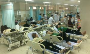 Sau tiệc tất niên, 70 công nhân nhập viện