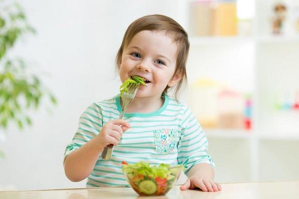 7 lưu ý dinh dưỡng cho bé ngày Tết mẹ nào cũng cần biết