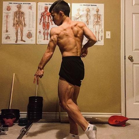 Cơ bắp của Tristyn khiến người lớn phải ghen tỵ. Ảnh: Instagram.