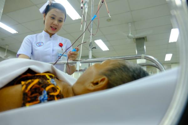 Hơn 16.000 người được bệnh viện ở Sài Gòn cấp cứu dịp Tết