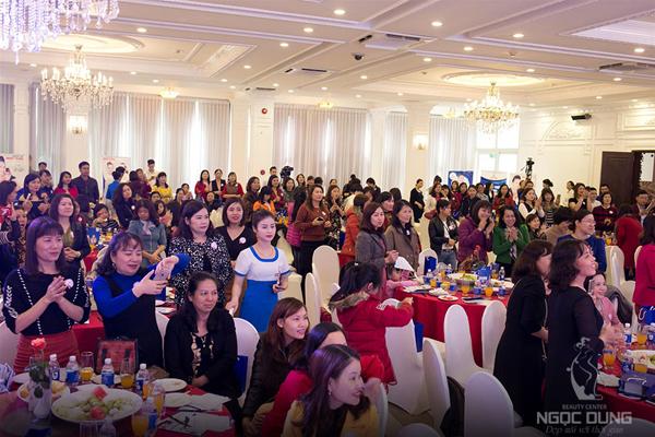 Khai xuân 2018 và mừng ngày 8/3, Hệ thống Thẩm mỹ viện Ngọc Dung tổ chức Đại tiệc 5 sao - Vẻ đẹp hoàn hảo tại khách sạn Hữu Nghị (Hải Phòng).