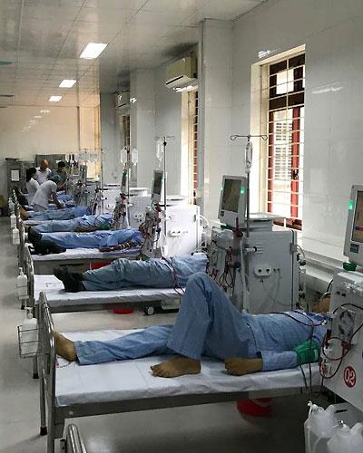 Ngày 22/3, Đơn nguyên thận nhân tạo, Bệnh viện Đa khoa tỉnh Hòa Bình chính thức hoạt động trở lại. Ảnh: H.D.