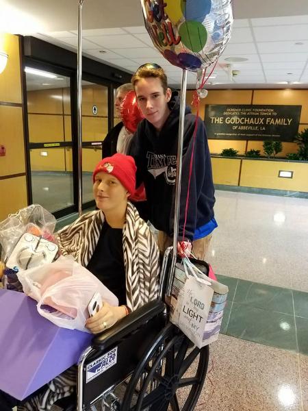Cặp song sinh bị cái chết chia lìa vì không kịp ghép tạng