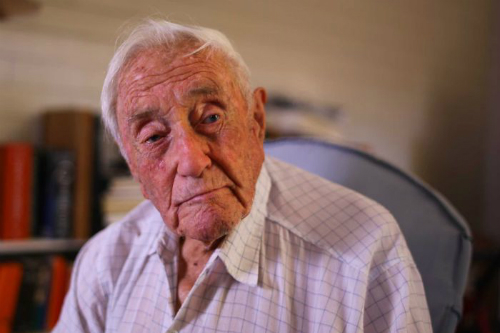Tiến sĩ 104 tuổi chỉ ước mong được chết