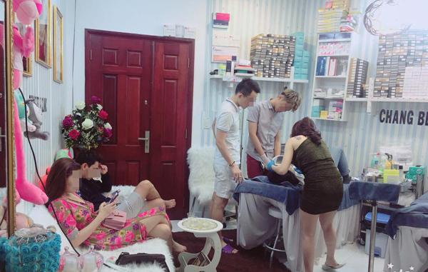 Bắt quả tang phẫu thuật thẩm mỹ không phép trong chung cư ở Sài Gòn