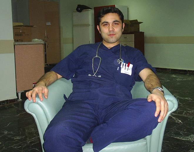 Bác sĩ Ersin Arslan thuở sinh thời. Ảnh:Hipokratinyeri