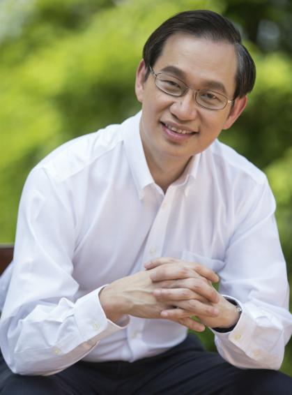 Bác sĩ Ang Peng Tiam - người đã