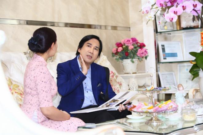Nghệ sĩ Kim Tử Long chia sẻ, nhờ các chuyên viên tại BB Thanh Mai tư vấn, anh hiểu các vấn đề của da, cơ ở độ tuổi lão hoá.