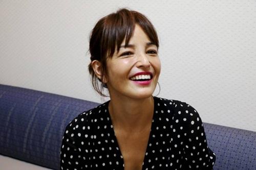 Người mẫu Rinka chia sẻ quan điểm phụ nữ không cần lo lắng về tuổi tác. Ảnh: japantimes.