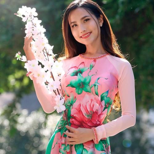 Hoa hậu chuyển giới Hoài Sa với gương mặt thanh tú, nụ cười rạng rỡ. Ảnh: Nhân vật cung cấp.