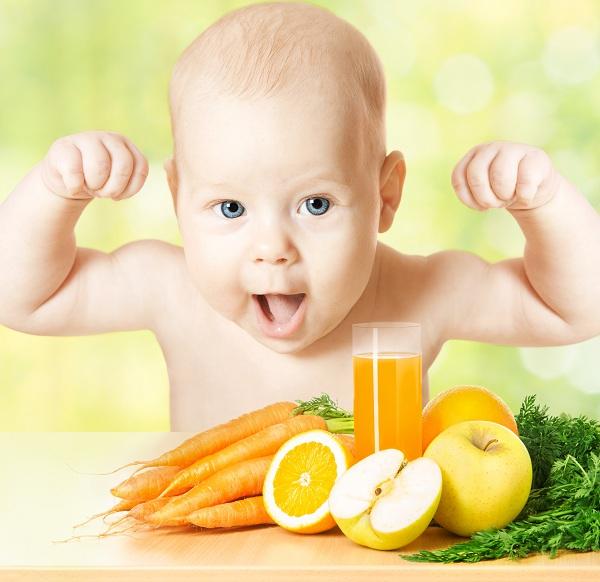 Trái cây tươi giàu vitamin C giúp tăng cường sức đề kháng cho trẻ.Ảnh:Shutterstock