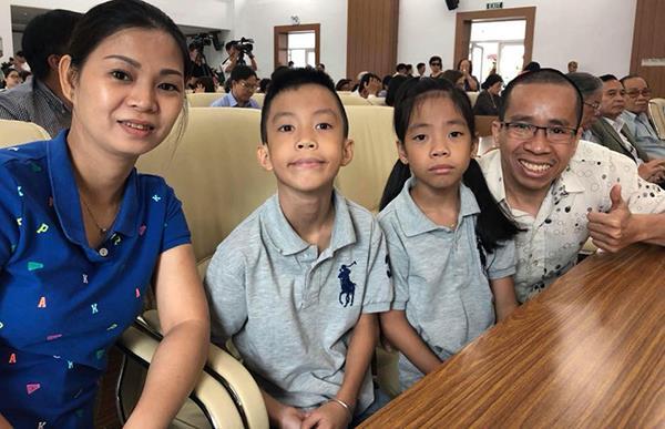 Gia đình hạnh phúc của Nguyễn Đức. Ảnh: L.P.